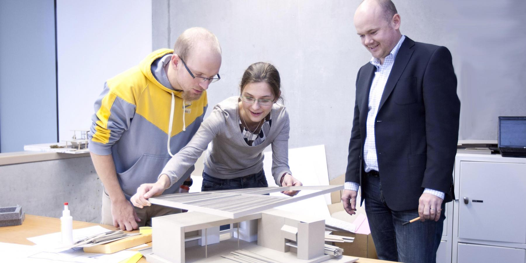 mentoring public web czech technical university in prague the ctu career centre has for more than five years been offering a unique opportunity to participate in a programme that allows students to discover the
